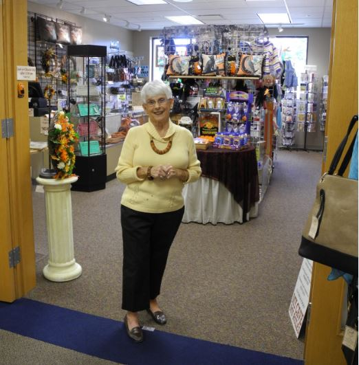 Mary Elizabeth Gift Shoppe Volunteer